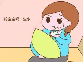 宝宝老打饱嗝是什么原因 有什么办法缓解?